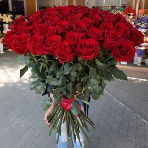 101 красная роза в Кропивницком фото