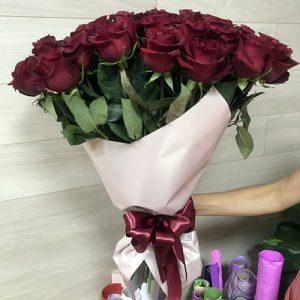 букет 51 красная роза подарок на юбилей