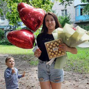 Коробка конфет Ferrero Rocher в Кропивницком фото