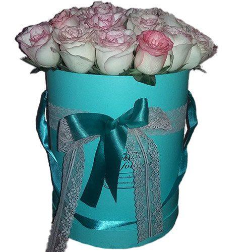 Фото товара 21 элитная розовая роза в фирменной упаковке