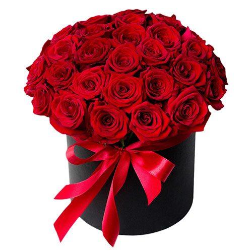 Фото товара 33 розы в шляпной коробке