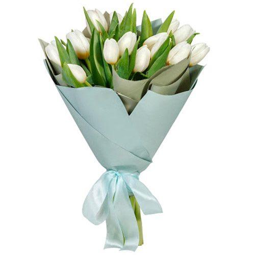 Фото товара 15 белых тюльпанов