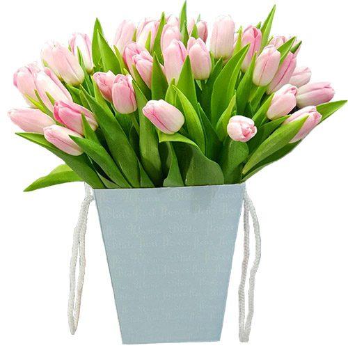 Фото товара 35 тюльпанов в квадратной коробке